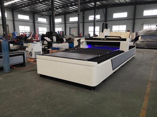máy cắt lazer CNC