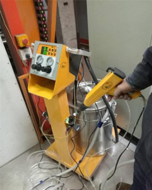 kỹ thuật sơn tĩnh điện Thủ công